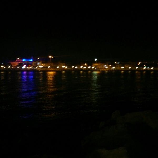 8/9/2013 tarihinde Neslihan G.ziyaretçi tarafından Küçükkuyu Limanı'de çekilen fotoğraf