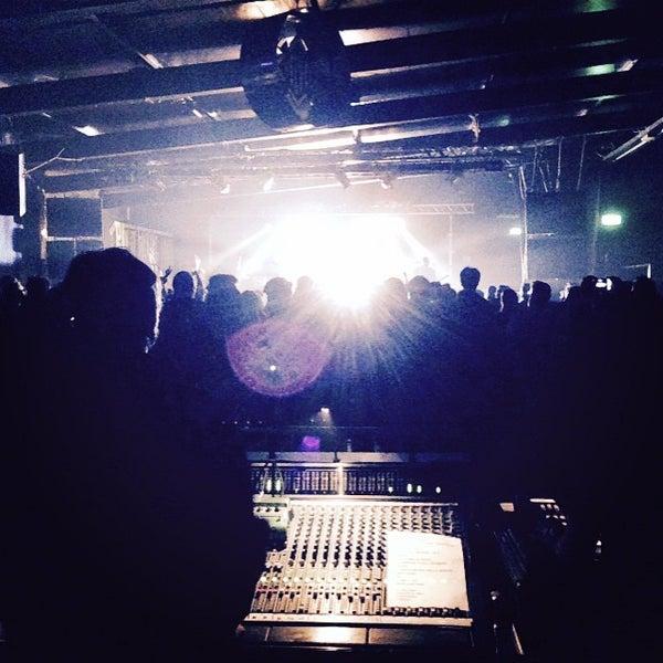 Foto scattata a Velvet Club & Factory da Enrico D. il 3/21/2015