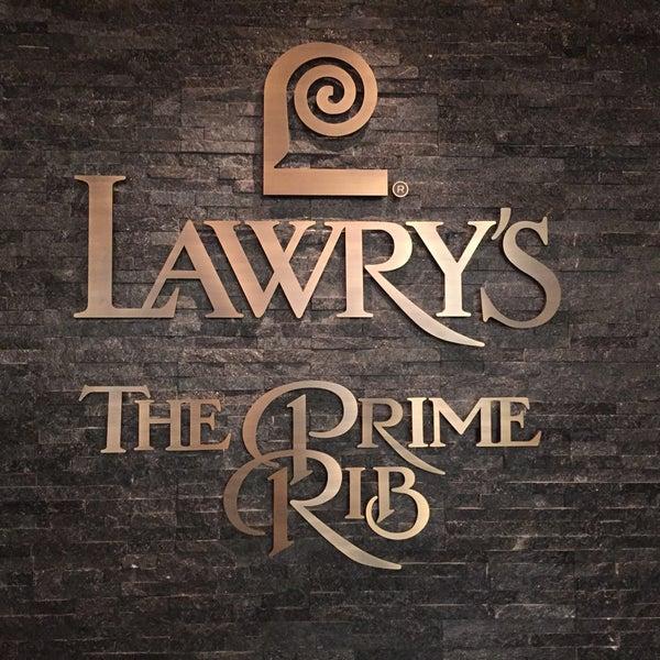 12/29/2017にきむ ひ.がLawry's The Prime Rib, Tokyoで撮った写真