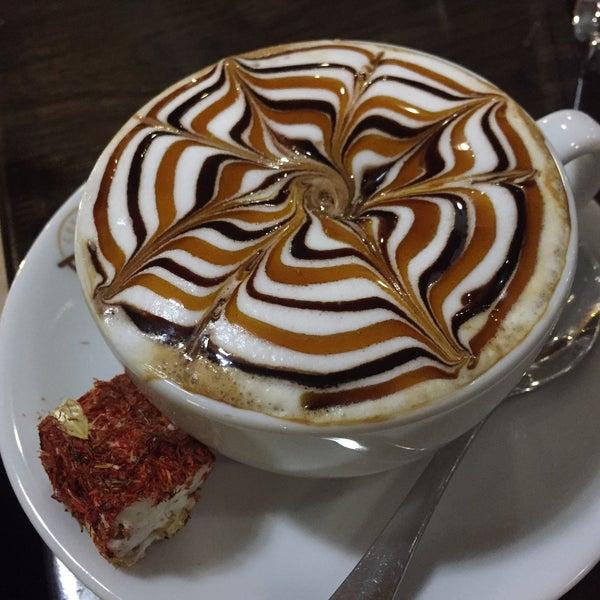 Снимок сделан в Coffee Relax пользователем Ann L. 1/5/2017