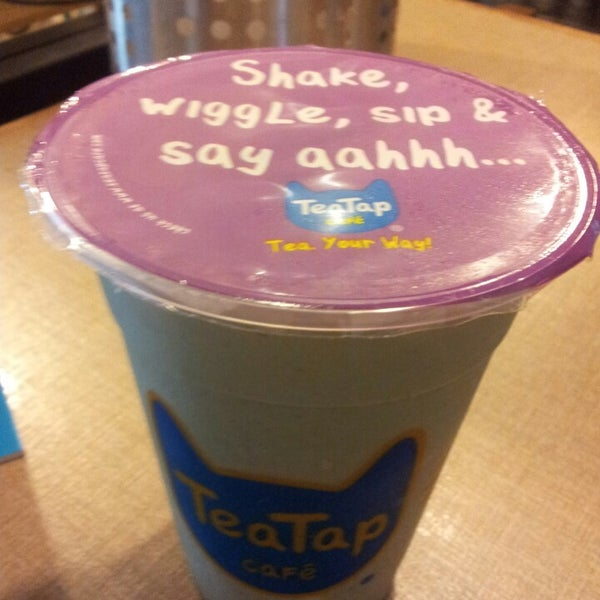 3/6/2013 tarihinde Dennis Carlson L.ziyaretçi tarafından TeaTap Cafe'de çekilen fotoğraf