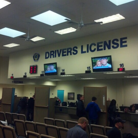 Photo taken at Ada County Department of Motor Vehicles by Heather S. on 2/