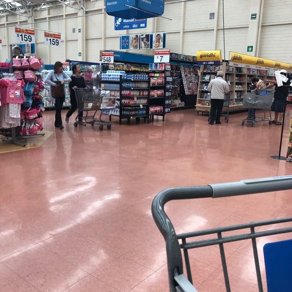 Photo taken at Walmart by Mariana D. on 3/19/2017