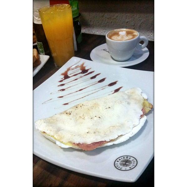 Foto tirada no(a) Café Kairós por Bruno B. em 9/28/2015