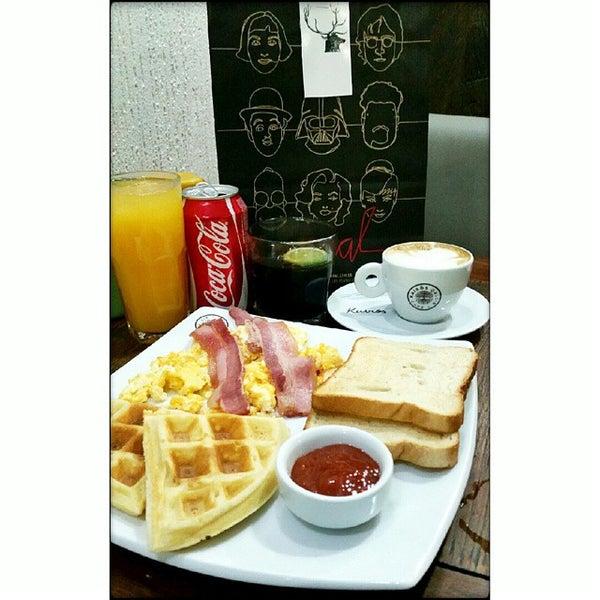 Foto tirada no(a) Café Kairós por Bruno B. em 12/10/2014