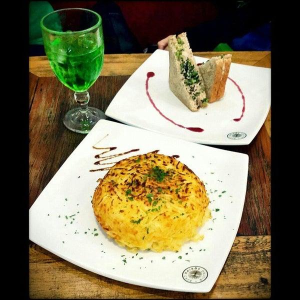 Foto tirada no(a) Café Kairós por Bruno B. em 12/3/2014