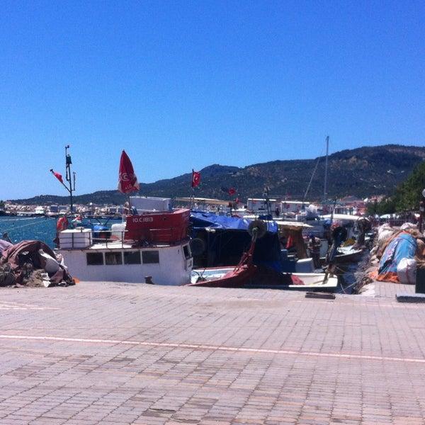 5/27/2013 tarihinde Göknur K.ziyaretçi tarafından Küçükkuyu Limanı'de çekilen fotoğraf