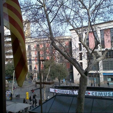 Foto tomada en Hotel Arc La Rambla por Pete Angelo D. el 2/2/2013