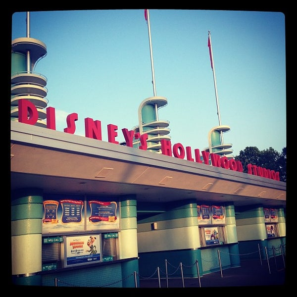 Photo taken at Disney's Hollywood Studios by Rochi M. on 7/27/2013