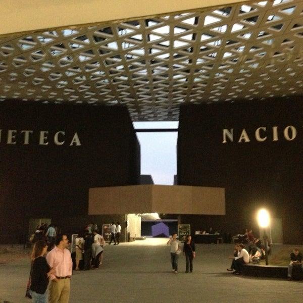 Foto tomada en Cineteca Nacional por Led F. el 5/4/2013