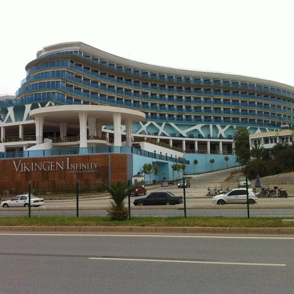4/24/2013 tarihinde Serkan A.ziyaretçi tarafından Vikingen Infinity Resort Hotel & Spa'de çekilen fotoğraf