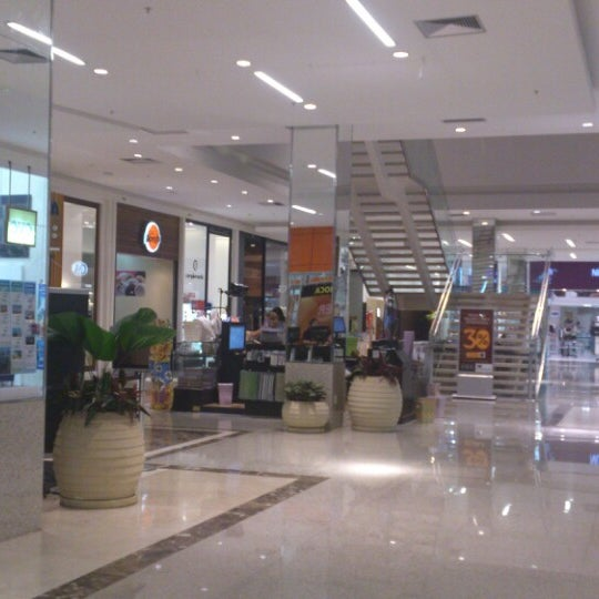 Foto tirada no(a) Via Parque Shopping por Emerson S. em 3/5/2013