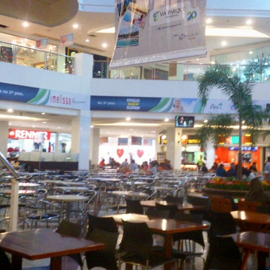 Foto tirada no(a) Via Parque Shopping por Emerson S. em 6/4/2013