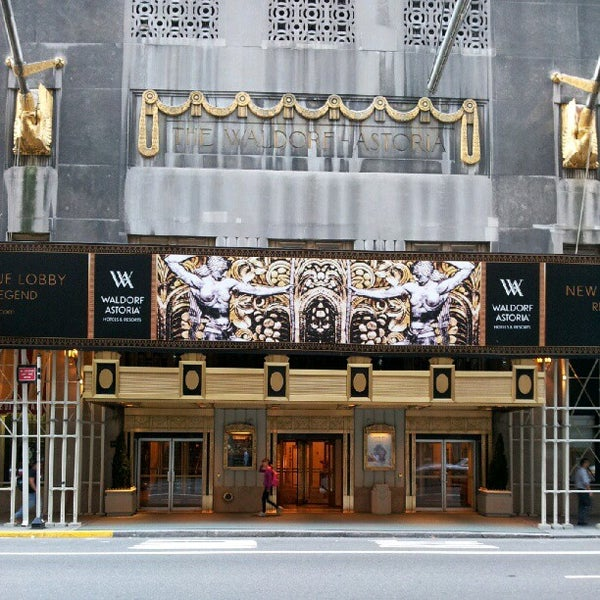 Photo taken at Waldorf Astoria New York by Andrew M. on 10/5/2012