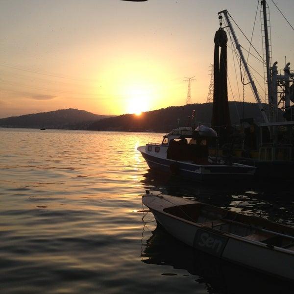 9/13/2013 tarihinde TC Suna C.ziyaretçi tarafından Çapari Restaurant'de çekilen fotoğraf