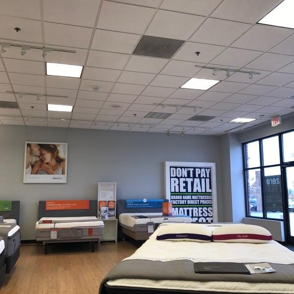 Furniture / Home Store In Dardenne Prairie