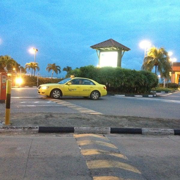 Das Foto wurde bei Tanah Merah Ferry Terminal von Wallace P am 1/4/2013 aufgenommen