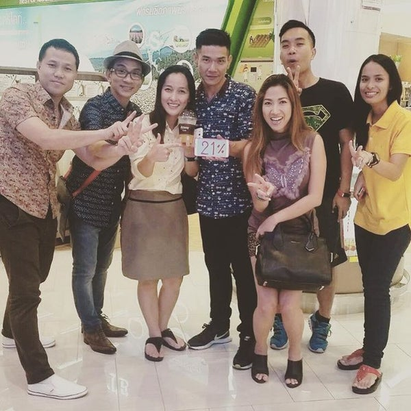 Photo taken at Amway by Anyamanee T. on 8/31/2016