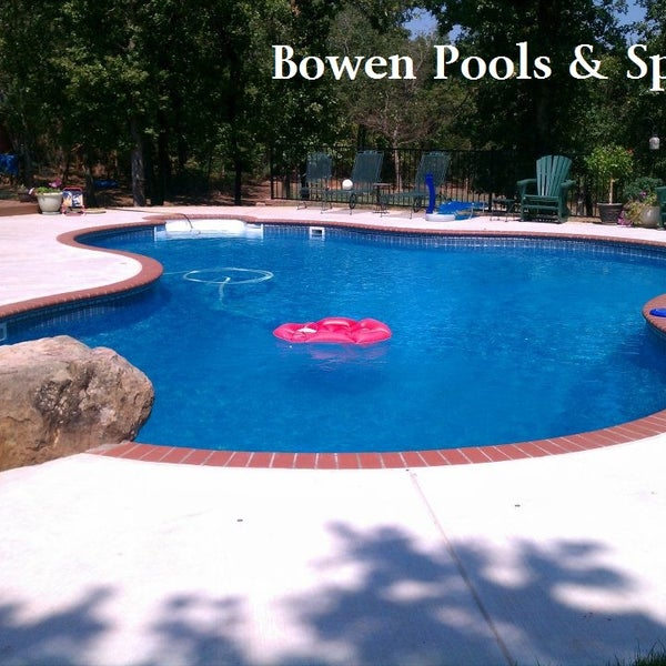 Bowen pools pool in shawnee for Pool durchmesser 4 50