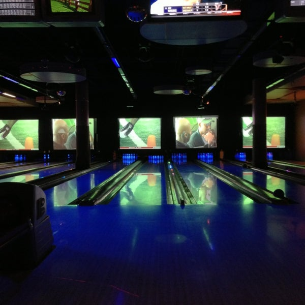 Pike Bowl Bowling Alley In Long Beach