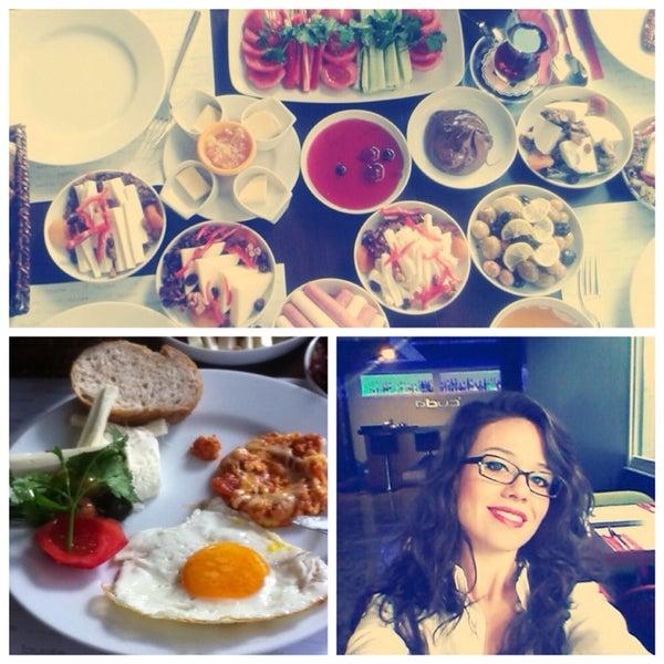 Kahvaltı can'dır🍳✌️yemekleri süper:) hizmet on numara 👍 personel güler yüzlü🏢