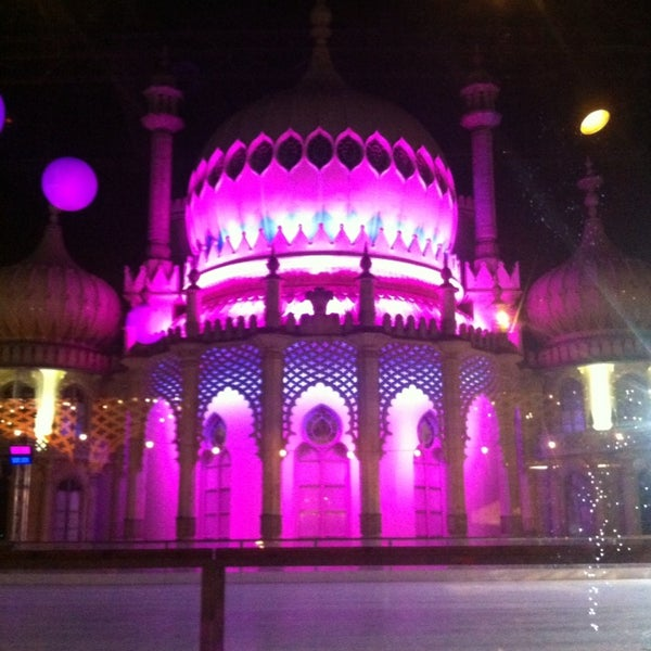 Where's Good? Holiday and vacation recommendations for Brighton, United Kingdom. What's good to see, when's good to go and how's best to get there.