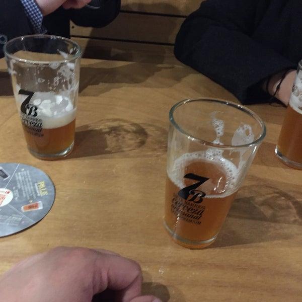 Foto tomada en Cervecería 7B por Alexis A. el 1/23/2016