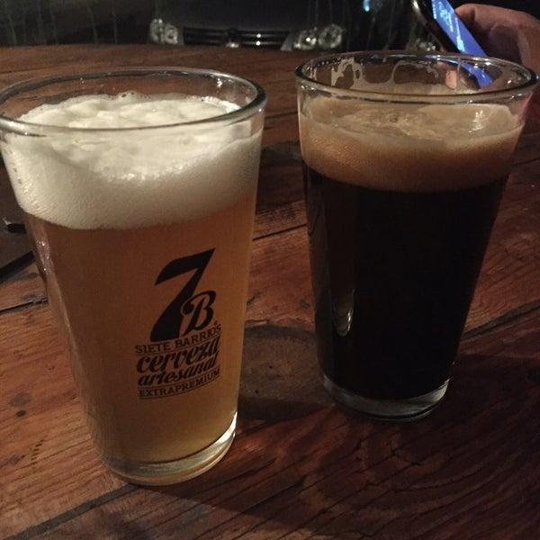 Foto tomada en Cervecería 7B por Alexis A. el 2/24/2016