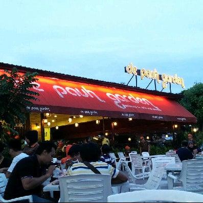 Photo taken at De Pauh Garden Restaurant & Cafe by Inche Man on 1/24/2013
