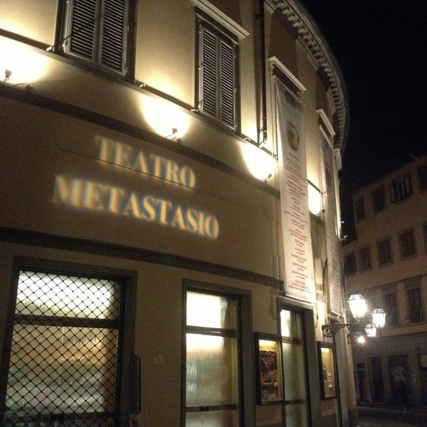 Das Foto wurde bei Teatro Metastasio von Amina S. am 3/16/2013 aufgenommen