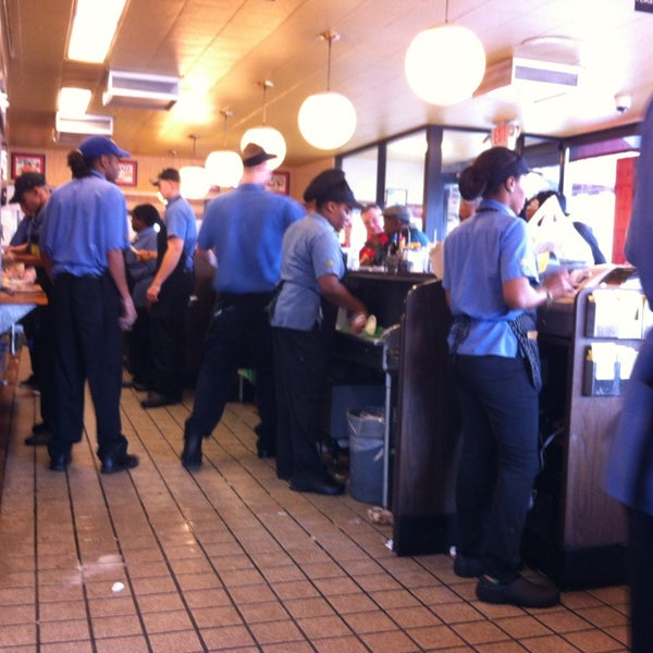 Photo taken at Waffle House by Mike E. on 7/6/2013