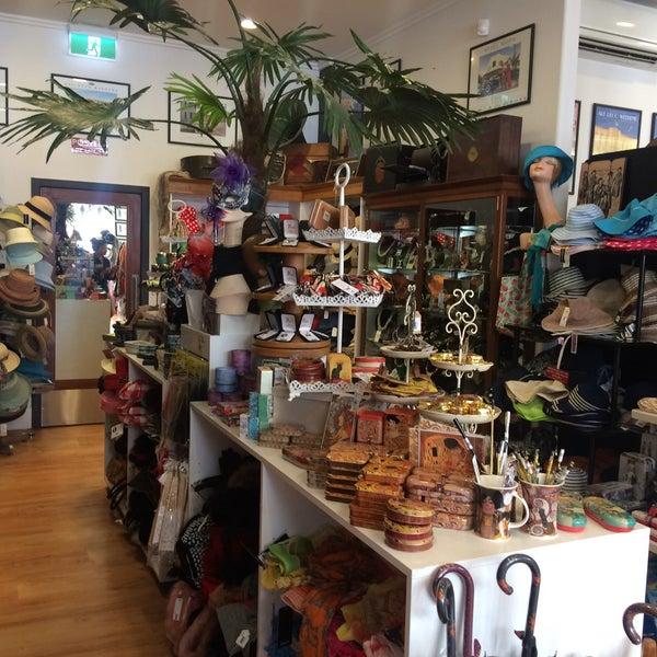 Art deco shop thrift vintage store in napier for Art deco online shop