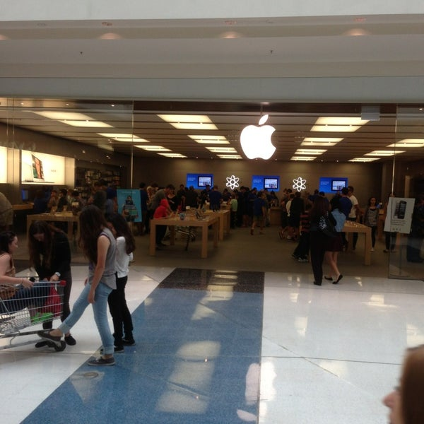 Photo taken at Westfield Southland by David T. on 3/16/2013