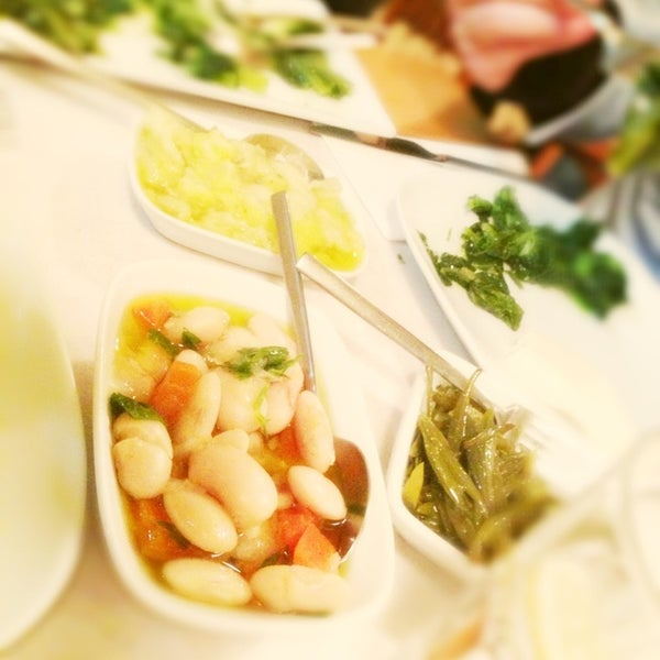 Photo taken at Sıdıka Meze Restoranı by Sezin K. on 3/14/2013