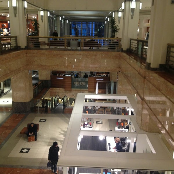 Photo taken at 900 North Michigan Shops by Tassos R. on 1/30/2013