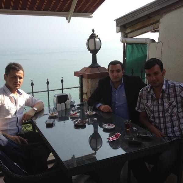 5/5/2013 tarihinde Alparslan A.ziyaretçi tarafından Köfteci İbrahim'de çekilen fotoğraf