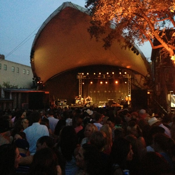 Photo taken at Stubb's Bar-B-Q by Kevin M. on 7/26/2013