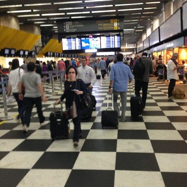 Снимок сделан в Международный аэропорт Конгоньяс/Сан-Паулу (CGH) пользователем Carlos S. 1/25/2013