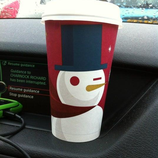 Photo taken at Starbucks by Darren W. on 11/26/2012