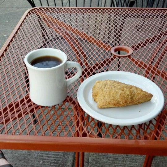 Photo taken at Crema Bakery and Cafe by Peter W. on 7/16/2012