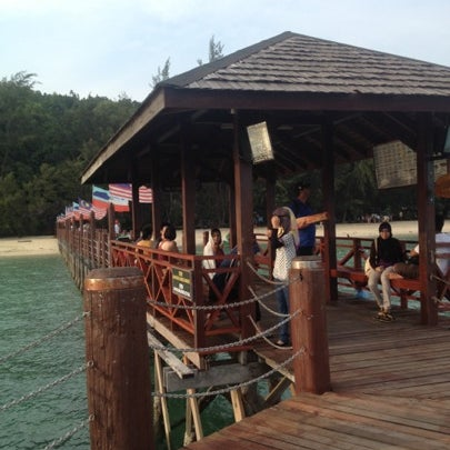 Photo taken at Manukan Island Jetty by Faizul A. on 9/15/2012