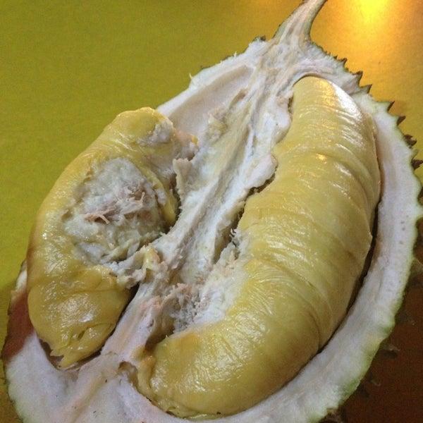 """Photo prise au """"Combat"""" Top Quality Durian par suzy l. le1/11/2013"""