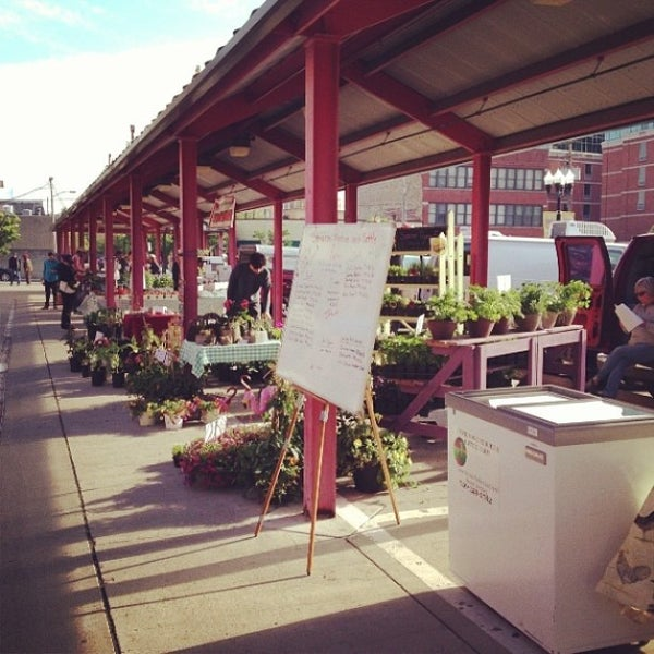 Photo taken at North Market by Perla M. on 5/25/2013