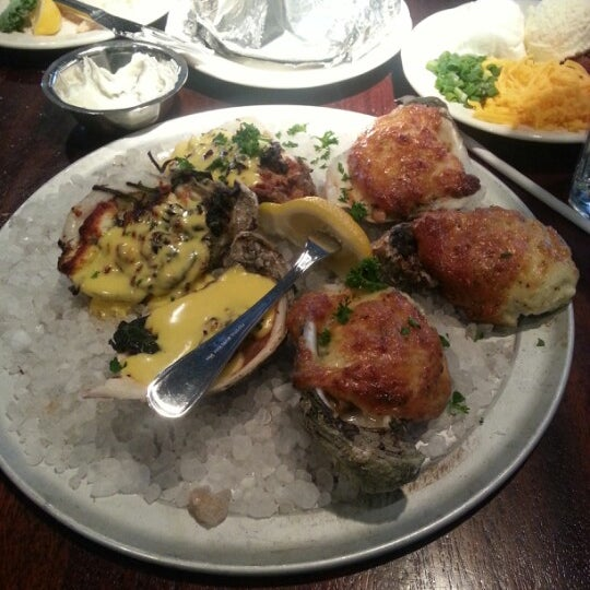 Photo taken at Pappadeaux Seafood Kitchen by Erica G. on 2/1/2013