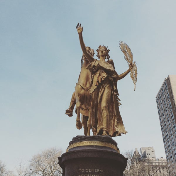 Photo taken at Grand Army Plaza by Pete W. on 4/11/2017
