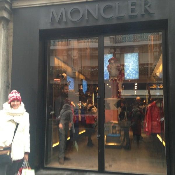 moncler 75008