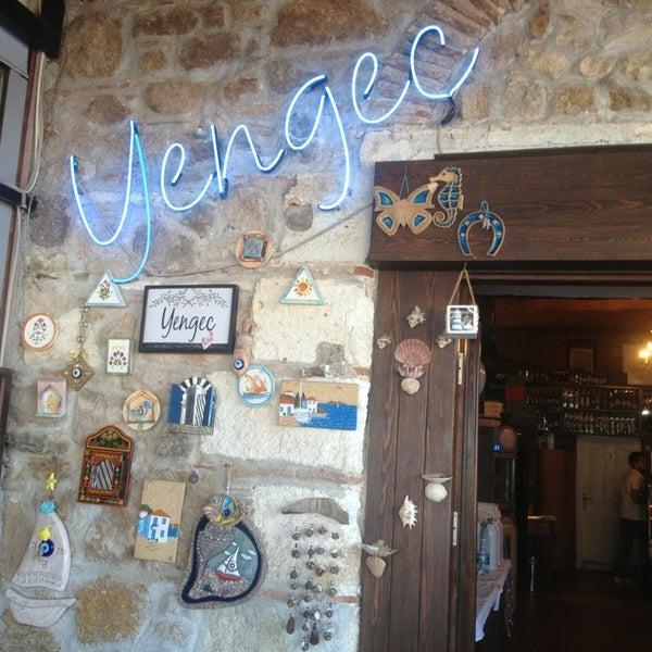7/13/2013 tarihinde Yasemin A.ziyaretçi tarafından Yengeç Restaurant'de çekilen fotoğraf