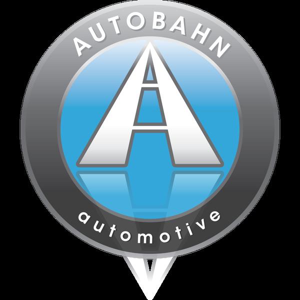 Foto tomada en Autobahn Automotive por Autobahn Automotive el 10/13/2013