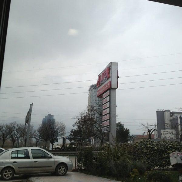 1/28/2013 tarihinde Halit U.ziyaretçi tarafından Durak Muhallebicisi'de çekilen fotoğraf