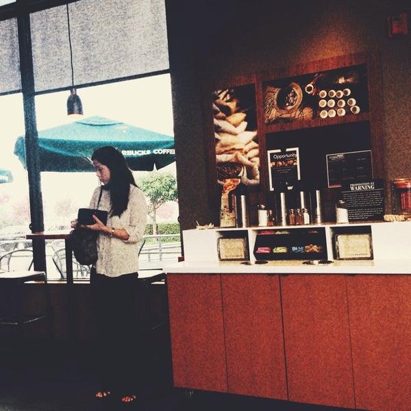 Photo taken at Starbucks by Kristen B. on 8/14/2013